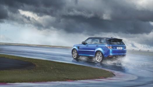 Range Rover Sport SVR, il più veloce e potente Land Rover di sempre