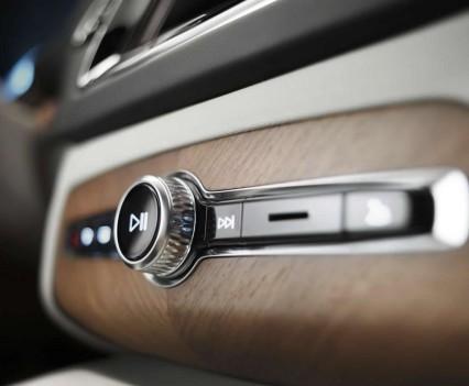 Volvo-XC90-New-2016-48
