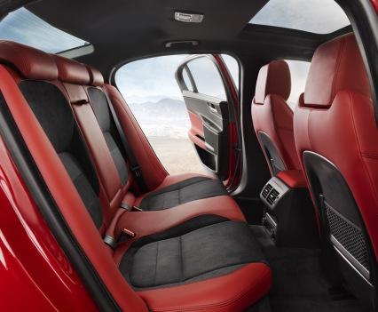Jaguar-XE-2016MY-19