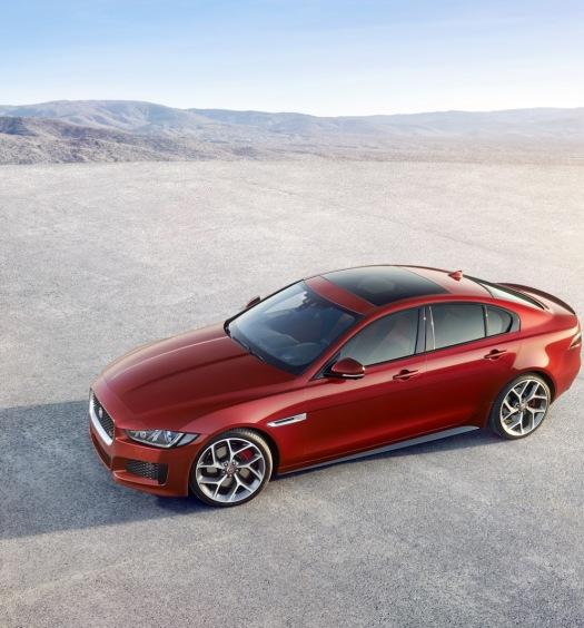 Jaguar-XE-2016MY-7