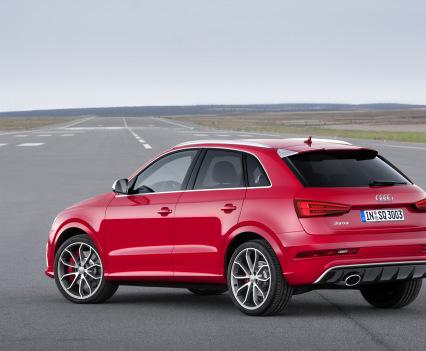 2015-Audi-RS-Q3-6