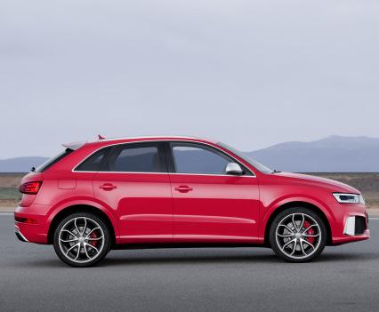 2015-Audi-RS-Q3-8