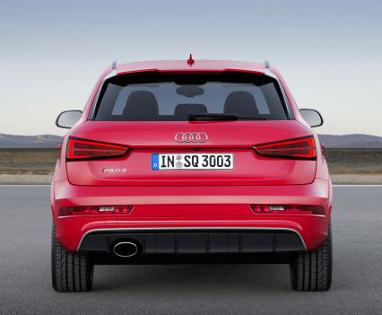 2015-Audi-RS-Q3-9