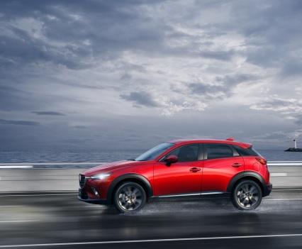 2016-Mazda-CX-3-10