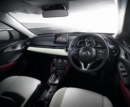 2016-Mazda-CX-3-28