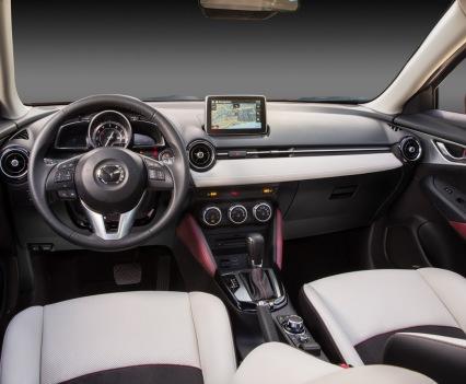2016-Mazda-CX-3-38