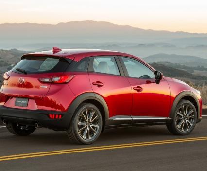 2016-Mazda-CX-3-49