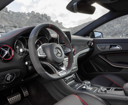 Mercedes-cla-45-shooting-brake-2