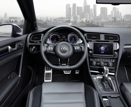 VW-Golf-R-Variant-16