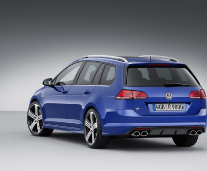 VW-Golf-R-Variant-8