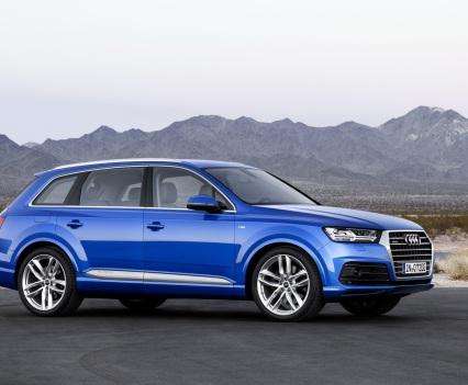 Audi-Q7-New-2016-10