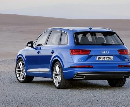 Audi-Q7-New-2016-4