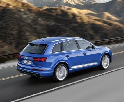 Audi-Q7-New-2016-7
