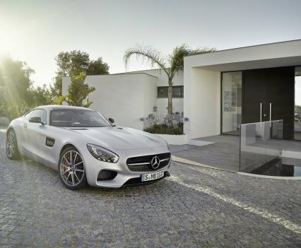 Mercedes-amg-gt-52