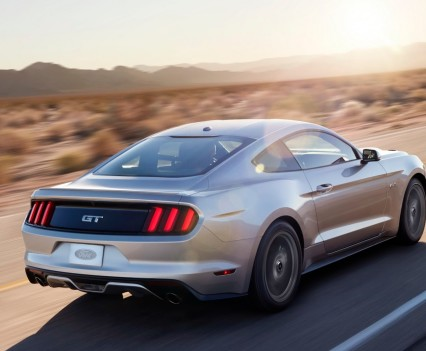 2016-Ford-mustang-32