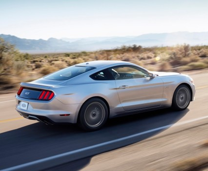 2016-Ford-mustang-7