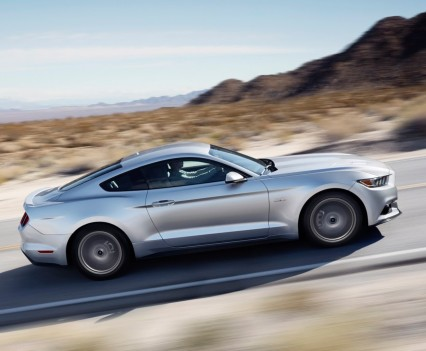 2016-Ford-mustang-9