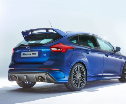 Ford-Focus-RS-2016-15