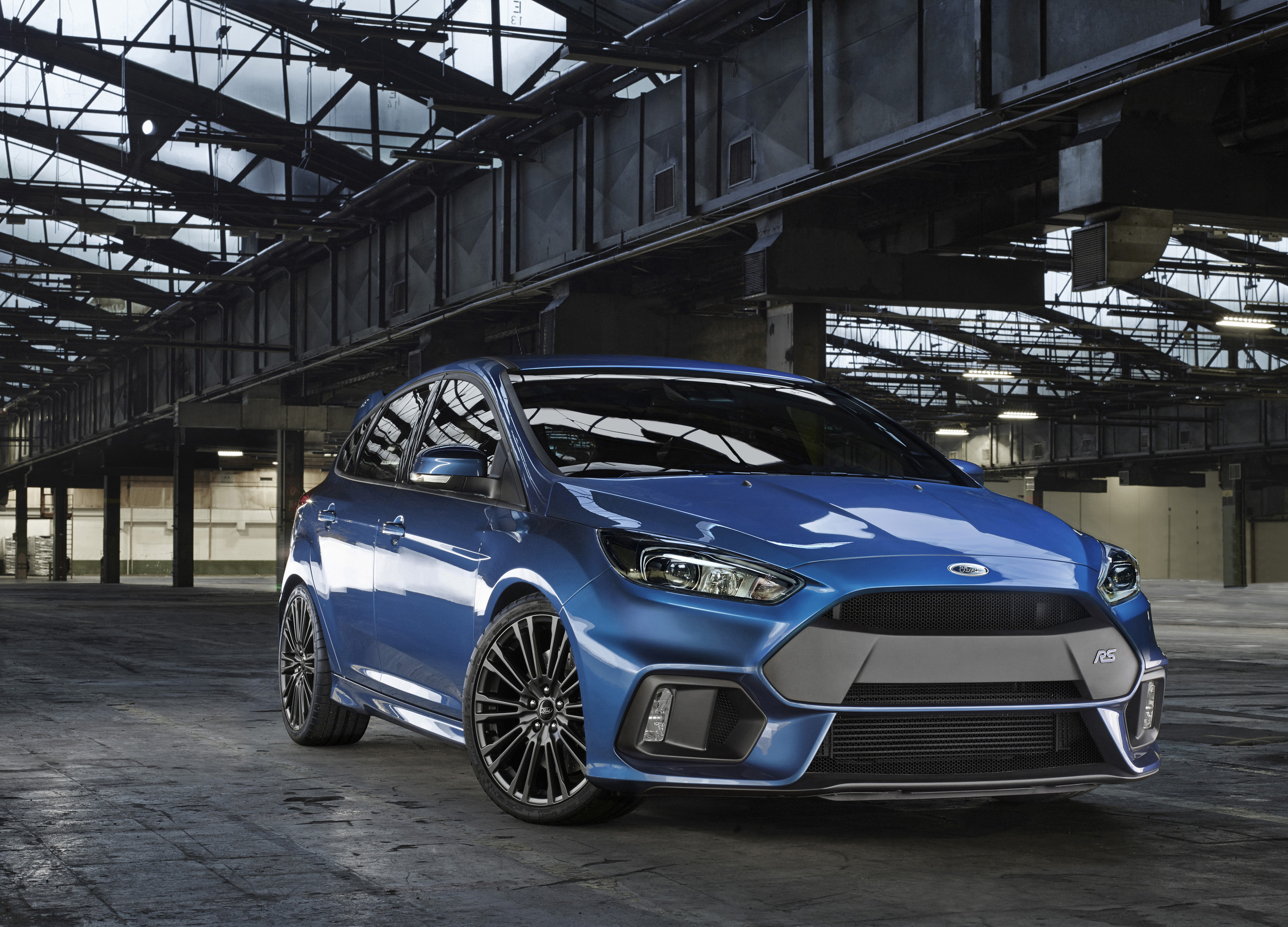 Ford-Focus-RS-2016-20