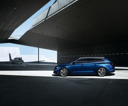 Renault-talisman-sporter-station-wagon-11