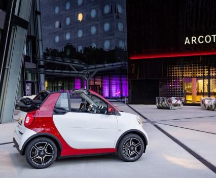 Smart-fortwo-cabrio-2016-nuova-2