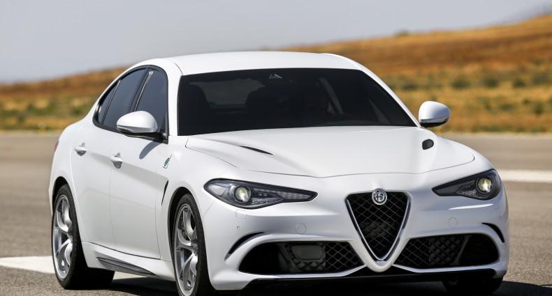 Alfa- Giulia-Quadrifoglio-prezzo5