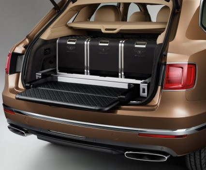 Bentley-Bentayga-SUV-2016-14