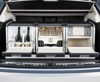 Bentley-Bentayga-SUV-2016-27