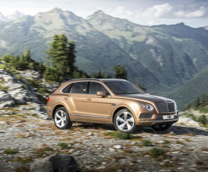 Bentley-Bentayga-SUV-2016-33