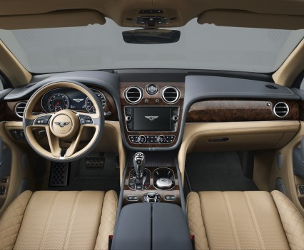 Bentley-Bentayga-SUV-2016-4