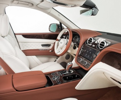 Bentley-Bentayga-SUV-2016-7