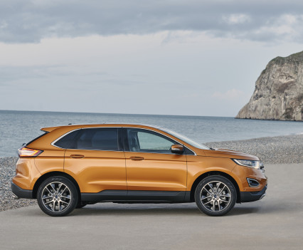 Ford-Edge-crossover-2016-6