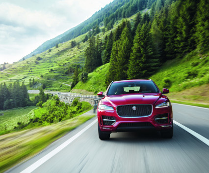 Jaguar-f-pace-16