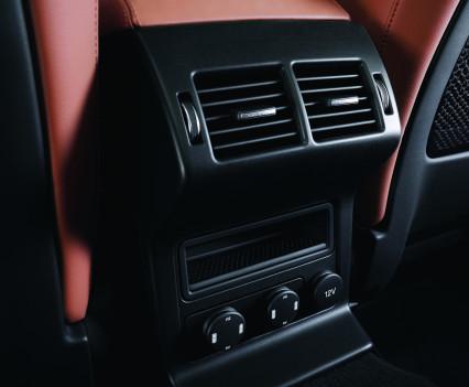 Jaguar-f-pace-20