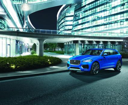 Jaguar-f-pace-44