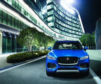 Jaguar-f-pace-45