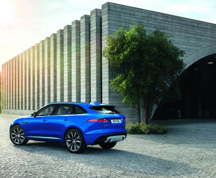 Jaguar-f-pace-65