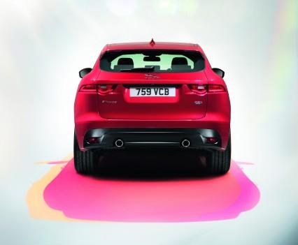 Jaguar-f-pace-8