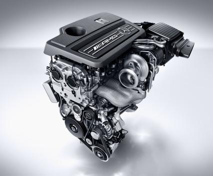 Mercedes-AMG A 45 4MATIC, AMG 2,0-Liter-Turbomotor mit 280 kW (381 PS) Höchstleistung und maximalen Drehmoment von 475 NewtonmeternAMG 2.0-litre turbocharged engine with a peak output of 280 kW (381 hp) and maximum torque of 475 newton metres