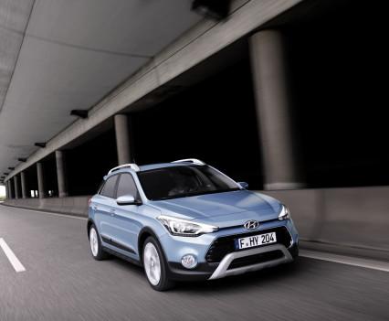 Nuova-Hyundai-i20-Active-2015-3