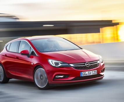 Nuova-Opel-Astra-2016-10
