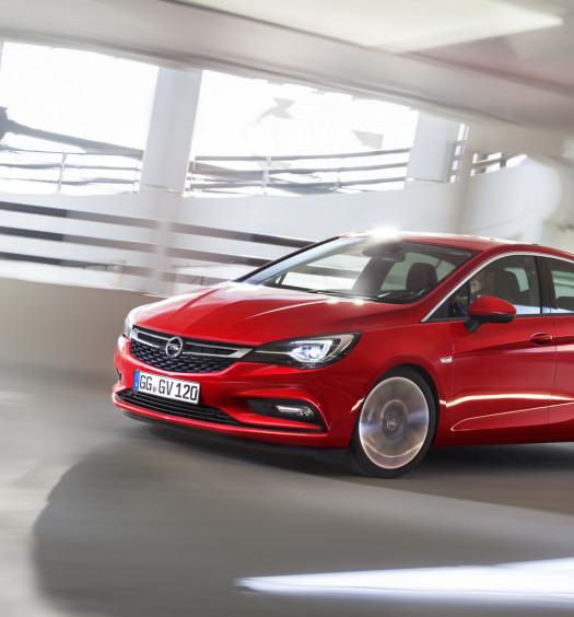 Nuova-Opel-Astra-2016-14