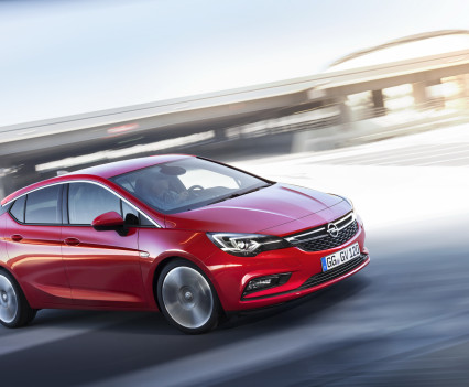 Nuova-Opel-Astra-2016-16