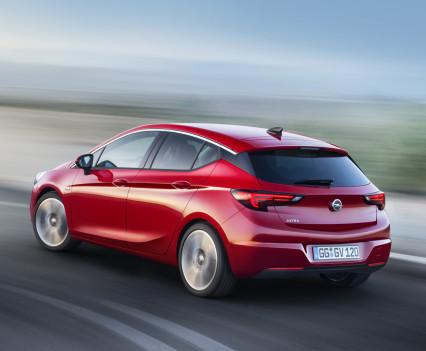 Nuova-Opel-Astra-2016-17