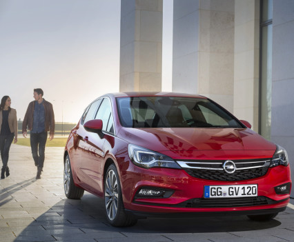 Nuova-Opel-Astra-2016-18
