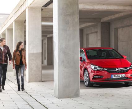 Nuova-Opel-Astra-2016-2