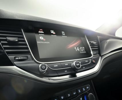 Nuova-Opel-Astra-2016-22