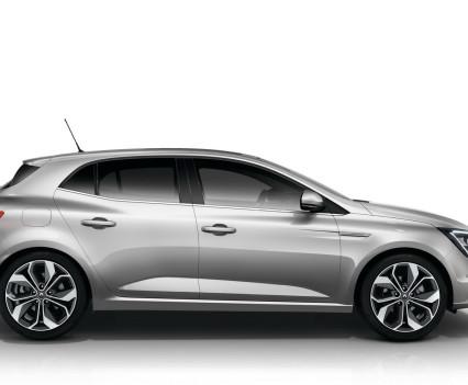 Nuova-Renault-Megane-2016-10