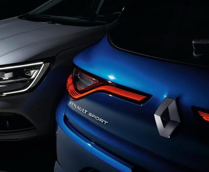 Nuova-Renault-Megane-2016-25