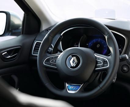 Nuova-Renault-Megane-2016-51